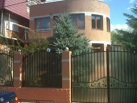 Casa de vânzare 3 camere, în Bucureşti, zona Bucureştii Noi