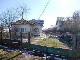 Casa de vânzare 3 camere, în Ghionea