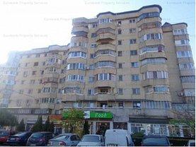 Apartament de vânzare 4 camere, în Targoviste, zona Micro 12