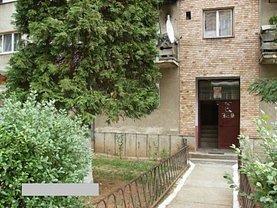 Apartament de vânzare 3 camere, în Certeju de Sus