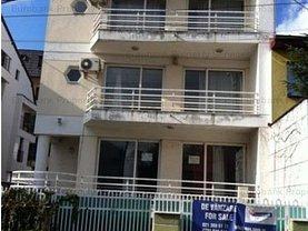 Casa de vânzare sau de închiriat 6 camere, în Bucuresti, zona Grivita