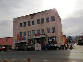 Vânzare spaţiu comercial în Otelu Rosu, Central