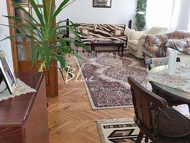 Casa de vânzare 12 camere, în Constanţa, zona Km 4-5