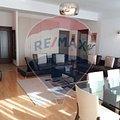 Apartament de închiriat 3 camere, în Bucuresti, zona Casin