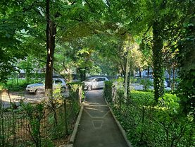 Apartament de vanzare 2 camere, în Bucureşti, zona Liviu Rebreanu