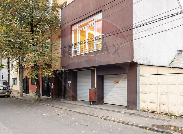 Casa / Vila cu 9 camere de vanzare in zona P-ta Muncii - imaginea 1