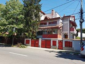 Casa de vânzare 8 camere, în Bucureşti, zona Chitila