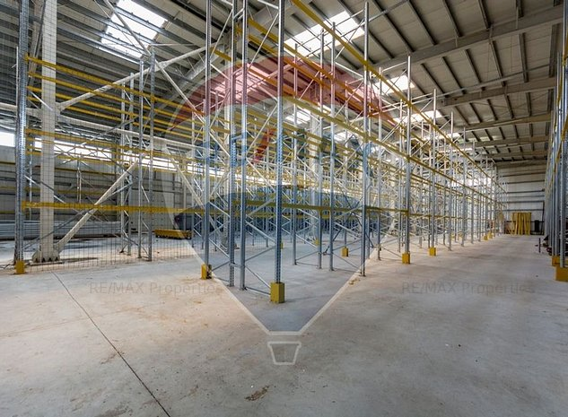 Showroom si hala industriala 2576 mp acces direct DN1 - imaginea 1