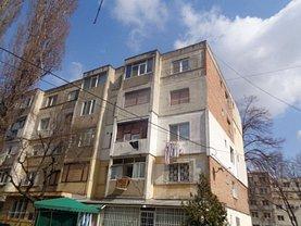 Apartament de vânzare 3 camere, în Galati, zona Micro 40