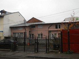 Casa de vânzare 3 camere, în Ploiesti, zona Central