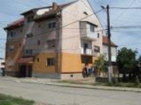 Apartament de vânzare 3 camere, în Vladimirescu