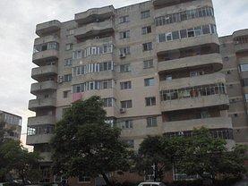 Apartament de vânzare 4 camere, în Alexandria, zona Central