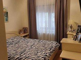 Apartament de vânzare 4 camere, în Constanţa, zona Tomis I