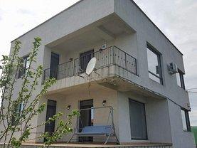 Casa de vânzare sau de închiriat 5 camere, în Ovidiu, zona Central