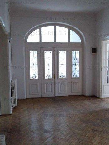 Casa /Vila 9 camere , Cismigiu - imaginea 1