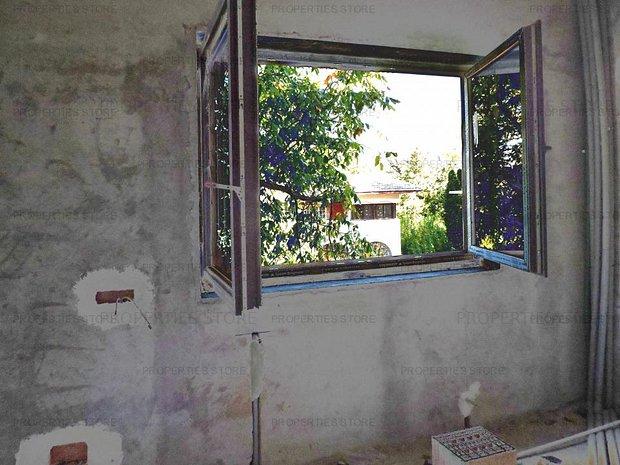 Vanzare Vila Deosebita la gri, Voluntari - imaginea 1