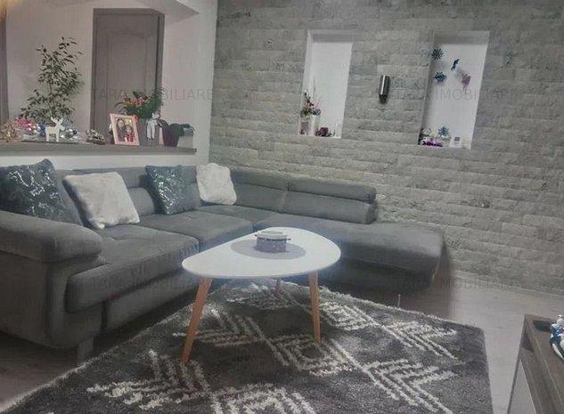 Apartament cu 3 camere de vanzare in zona Bulgaria - imaginea 1