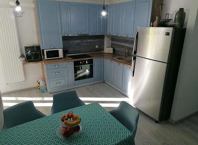 Apartament cu 3 camere de vanzare in zona Borhanci - imaginea 1