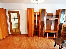 Apartament de închiriat 3 camere, în Braşov, zona Scriitorilor