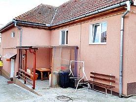 Casa de vânzare 6 camere, în Codlea, zona Central