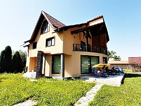 Casa de închiriat 7 camere, în Rasnov, zona Central
