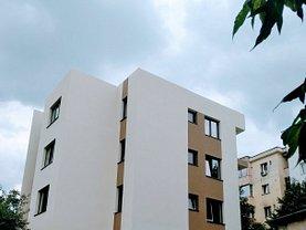 Apartament de vânzare 3 camere, în Pitesti, zona Teilor