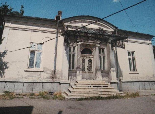 Monument istoric central Pitesti teren 1236mp - imaginea 1