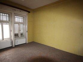 Apartament de vânzare 4 camere în Timisoara, Central