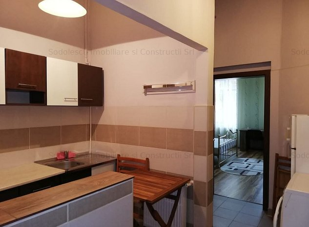Apartament cu 1 camera zona Sinaia - imaginea 1