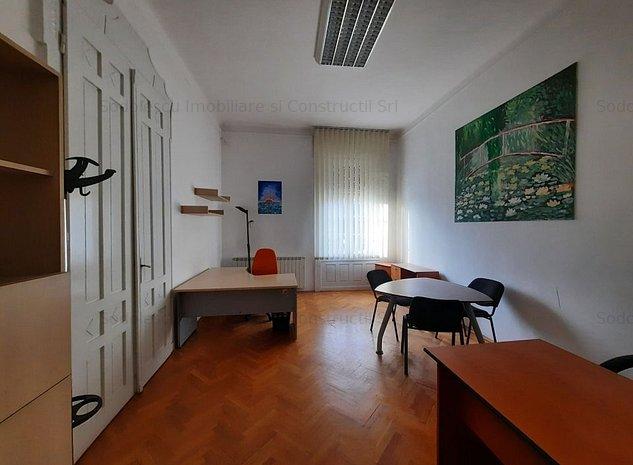 Apartament cu 4 camere - P-ta Unirii - imaginea 1