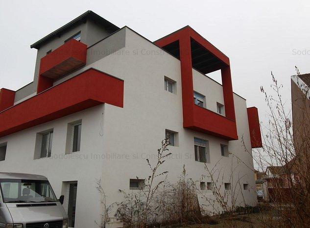 Casa de vanzare pretabila pensiune - imaginea 1