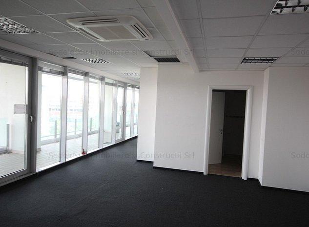 Spatiu de 103 mp  in cladire de birouri - imaginea 1