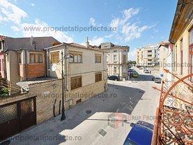 Apartament de vânzare 5 camere, în Constanţa, zona P-ţa Ovidiu