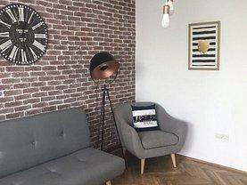 Apartament de vânzare 4 camere, în Constanţa, zona Peninsula