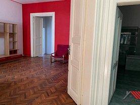 Apartament de închiriat 4 camere, în Timişoara, zona Semicentral
