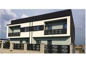 Casa de vânzare sau de închiriat 4 camere, în Dumbravita