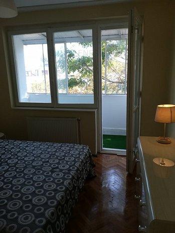 Apartment 2 camere renovat total si mobilat cu totul nou - imaginea 1
