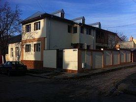 Casa de închiriat 7 camere, în Braila, zona Ultracentral