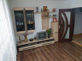 Apartament de vânzare 4 camere, în Bucureşti, zona Alexandriei