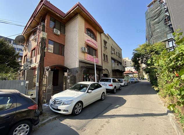 Vânzare vila zona Decebal S+P+E+M, cu spațiu comercial, 600 mp, singur la curte - imaginea 1