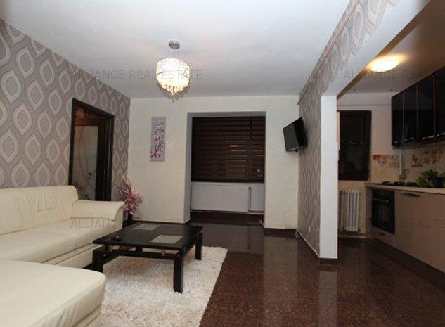 Apartament cu 3 camere, aproape de Palas,zona Podul Ros - imaginea 1