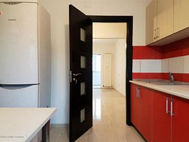 Apartament de vânzare 3 camere în Constanta, CET