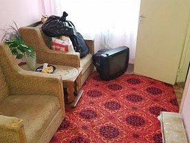Apartament de vânzare 3 camere, în Pitesti, zona Trivale