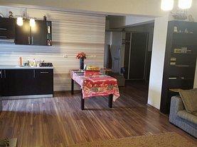 Apartament de închiriat 3 camere, în Pitesti, zona Craiovei
