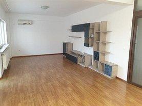 Apartament de închiriat 3 camere, în Pitesti, zona Central