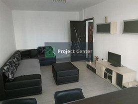 Apartament de închiriat 3 camere, în Pitesti, zona Nord