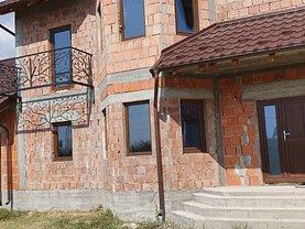 Casa de vânzare 4 camere, în Hinţeşti