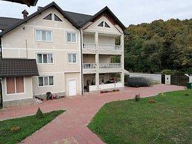 Casa de vânzare 9 camere, în Piteşti, zona Nord-Vest