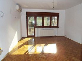 Apartament de vânzare 3 camere, în Bucuresti, zona Casin