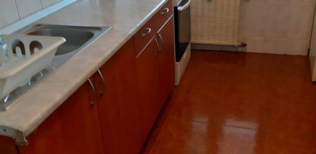 Inchiriere apartament 3 trei camere decomandat - Lacul Tei - imaginea 7